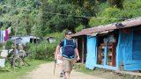 אינספור כפרים קטנים בדרך